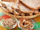 Рецепта Домашен многозърнест хляб за хлебопекарна (с пшеничено, пълнозърнесто и ръжено брашно)